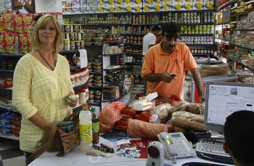 booth-shopping.jpg